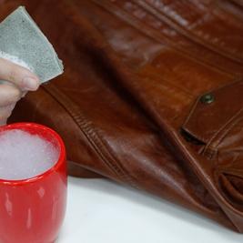 √ نکات کلیدی برای نگهداری و تمیز کردن چرم بدون استفاده از واکس