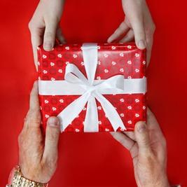 √ بهترین هدیه برای روز پدر کدام است؟