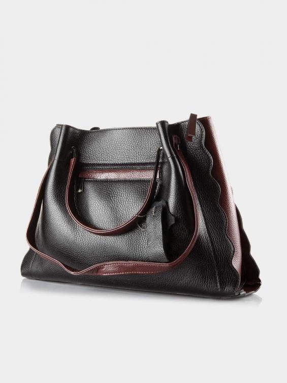 کیف دوشی زنانه 0224 LHB4752 BO رنگ مشکی نمای پشت